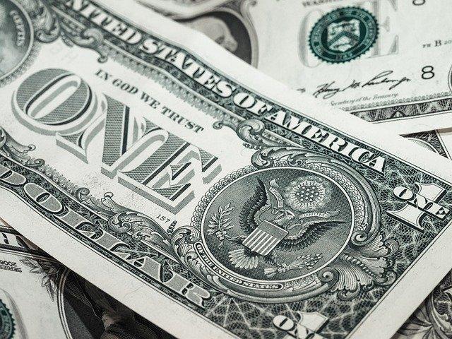 peníze ve fondu