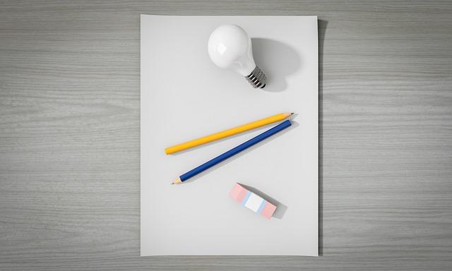 žárovka na papíře
