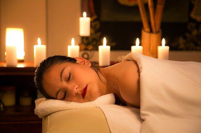 relaxace při svíčkách