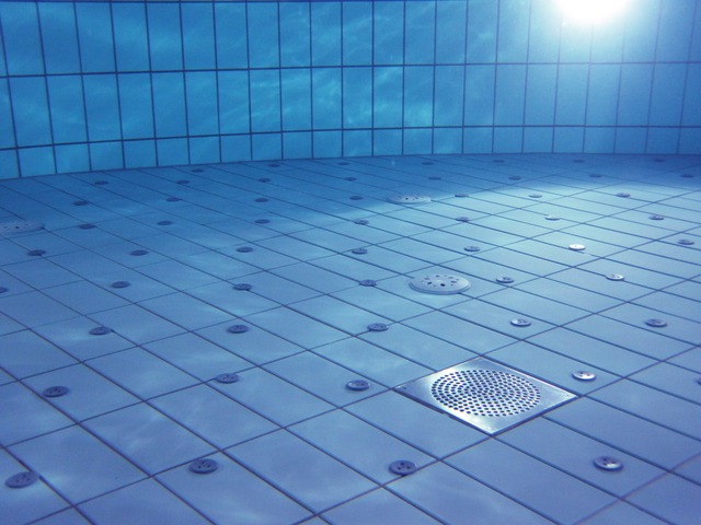 pohled pod vodu